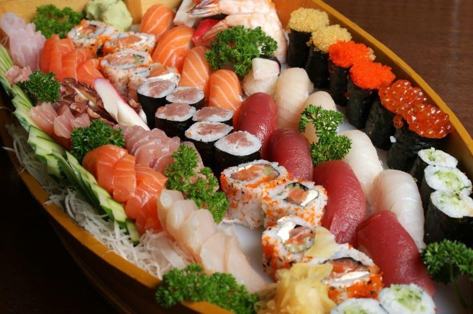 Restaurantes Japoneses Brasil X Japão