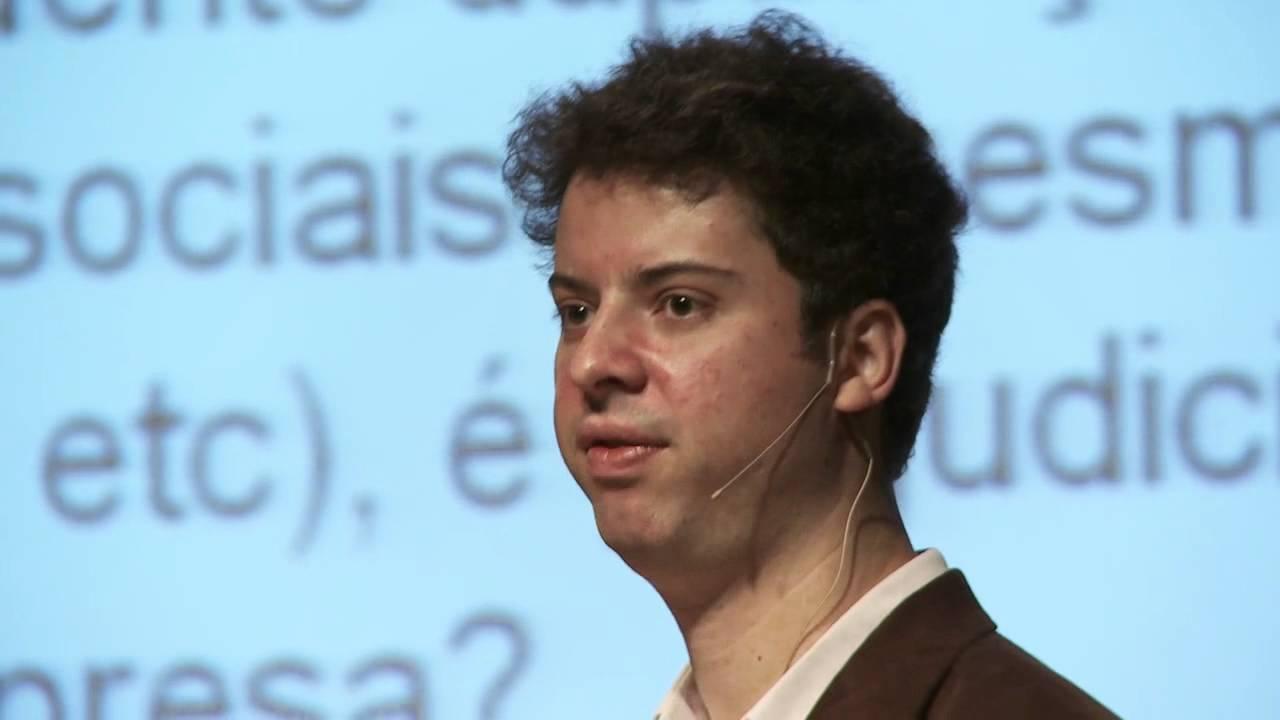 e-Talks   Duplicar Posts nas Redes Sociais é Ruim? – Gustavo Arjones